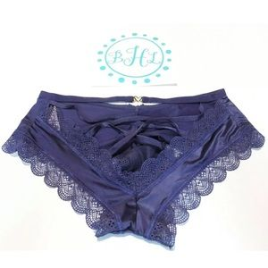 Victoria's Secret Intimates & Sleepwear - Victoria's Secret Multi Push Up Bra Set 32D/S